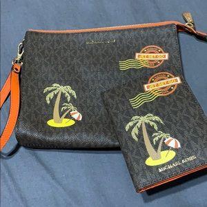 Michael Kors Travel pouch w/matching passpt wallet